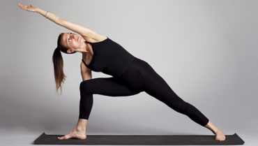 Migliorare l'allineamento anatomico e la forza muscolare con l'Iyengar Yoga
