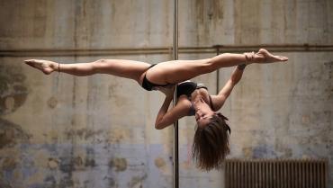 Pole Dance: ecco gli ottimi motivi per iniziare a praticarla